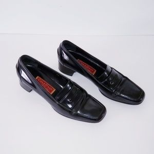 Cole Haan black loafers 9 N narrow Patent leather